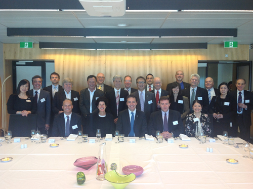 images/2013 hkabasa anz lunch 08.png